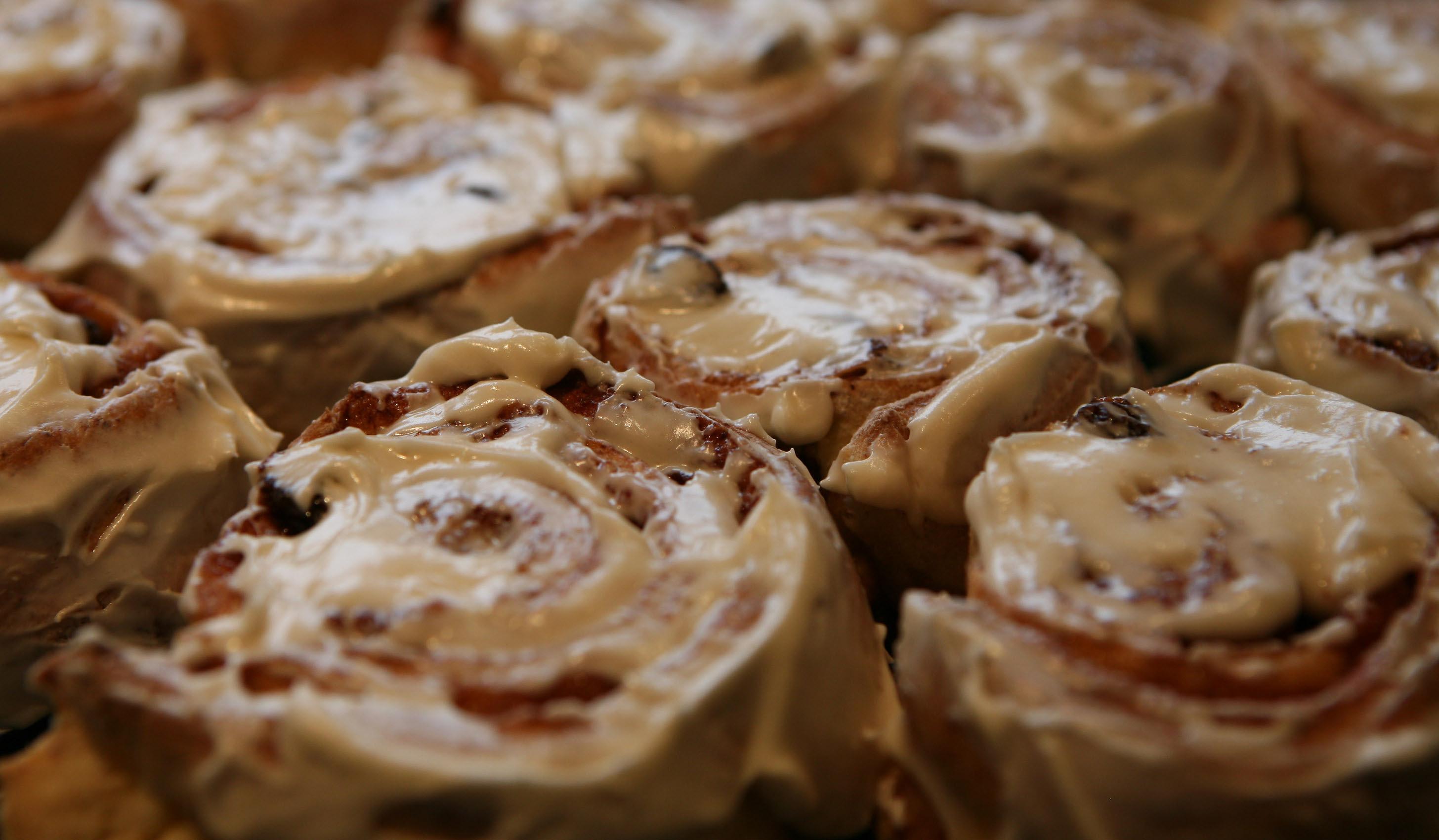 how to make gluten free cinnamon rolls